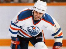 File action shot of Paul Coffey of the Edmonton Oilers, apparently shot sometime in 1987. Edmonton Sun photo by Paul Wodehouse. Scanned at 300 dpi on the Epson.